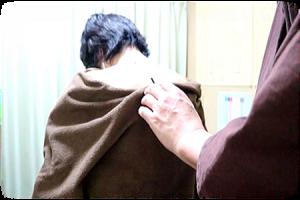 肩部の施灸